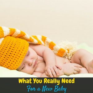 Bringing home a new baby is so exciting, but it can quickly get overwhelming! What kinds of things do you actually need when you bring your new baby home?