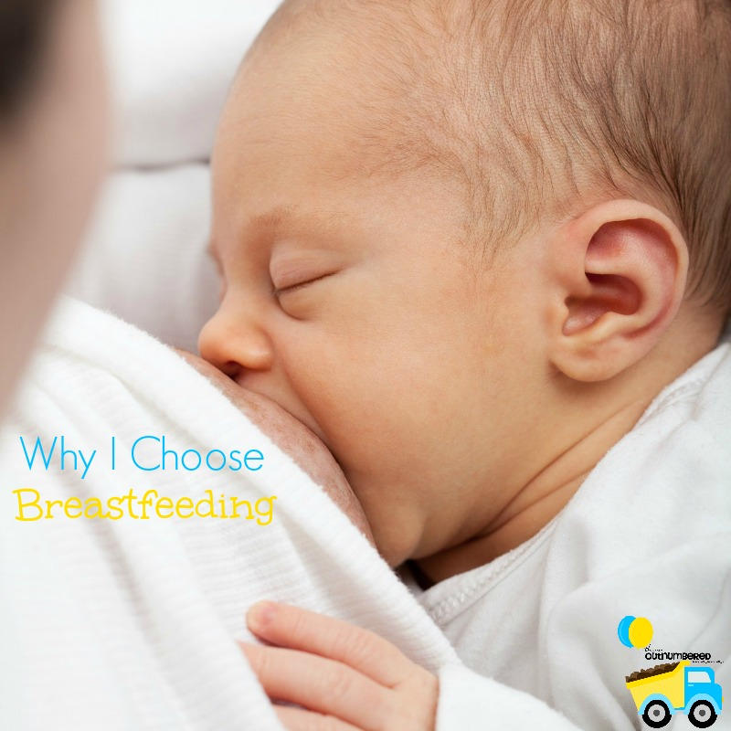 Breastfeeding or formula feeding can be a difficult choice many new moms face, so I'm sharing what made my choice so easy!