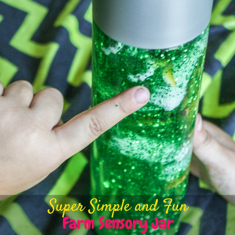 This super simple and fun farm sensory jar is a perfect calming activity for kids with sensory processing disorder and autism, or any kid who loves animals!