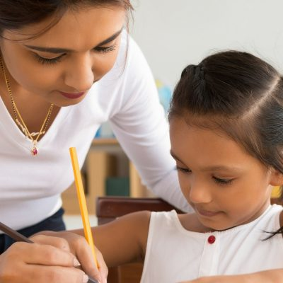 5 Simple Homeschool Tips to Actually Enjoy Teaching Your Kids