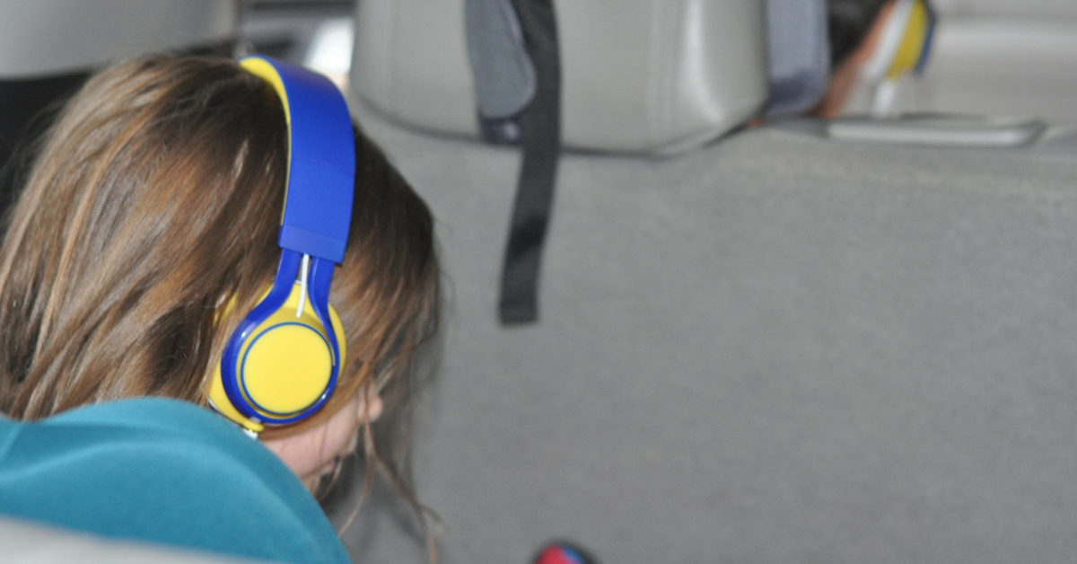 5 Super Simple Ways to Survive Long Car Trips With Kids
