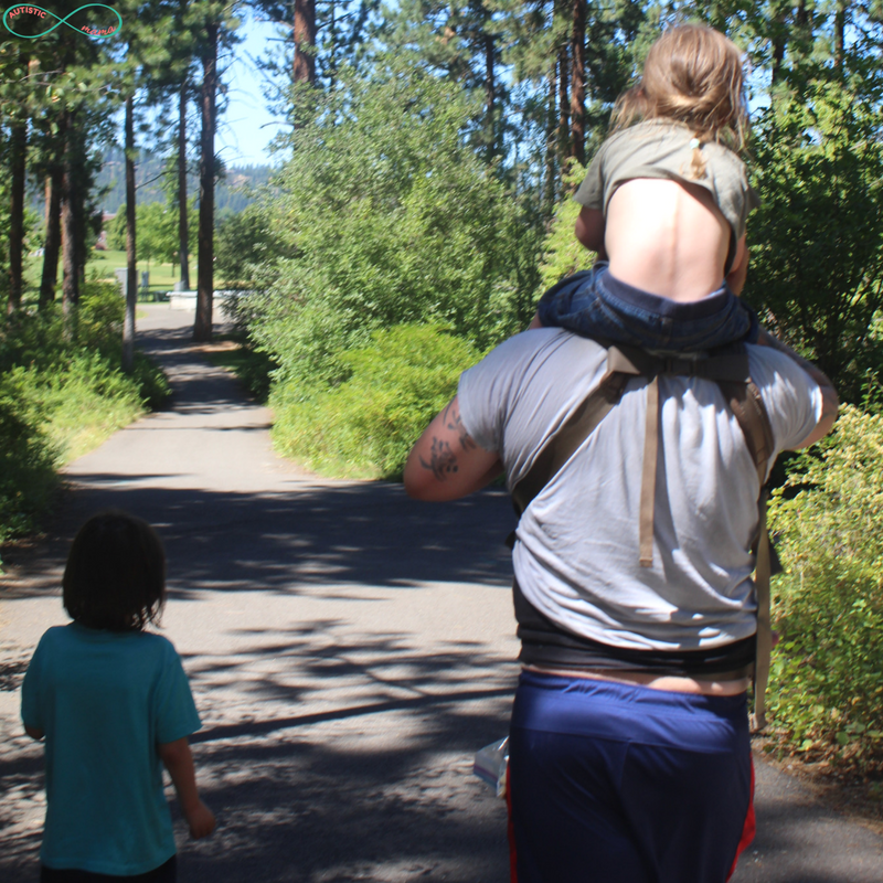 5 Tips to Actually Enjoy a Day at the Park With a Large Family