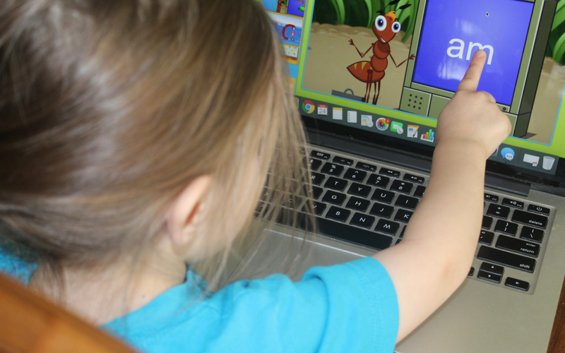 Using Online Reading Games to Help Reluctant Readers